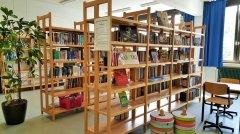 Schulleben_-_Schulbibliothek_1_klein.jpg